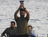 Ο Γιώργος κατά την άφιξή του στη Σκιάθο μετά τη νίκη του στο Survivor - 14 Ιουλίου 2017