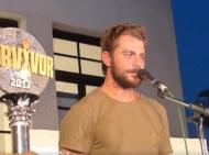 Ο Γιώργος στο Μπούρτζι μετά την άφιξή του στη Σκιάθο μετά τη νίκη του στο Survivor - 14 Ιουλίου 2017