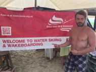 Ο Γιώργος στο Salto Water Sports στις Κουκουναριές στη Σκιάθο στις 21 Αυγούστου 2017 Φωτογραφία: nickwells3221 Instagram