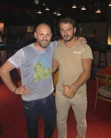 Ο Γιώργος μαζί με τον νικητή του Survivor Παταγονία στο εστιατόρια Artisanal στην Κηφισιά - 10 Σεπτέμβρη 2017 Φωτογραφία: vagozzz Instagram