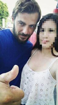Ο Γιώργος με φαν στην Σκιάθο - 15 Ιουλίου 2017 Φωτογραφία: niki_edm Instagram