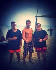 Ο Γιώργος με φανς στη Σκιάθο - 21 Αυγούστου 2017 Φωτογραφία: george_karvelis Instagram
