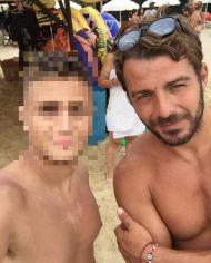 Ο Γιώργος με φαν στη Σκιάθο - 21 Αυγούστου 2017 Φωτογραφία: katsas_giannis Instagram