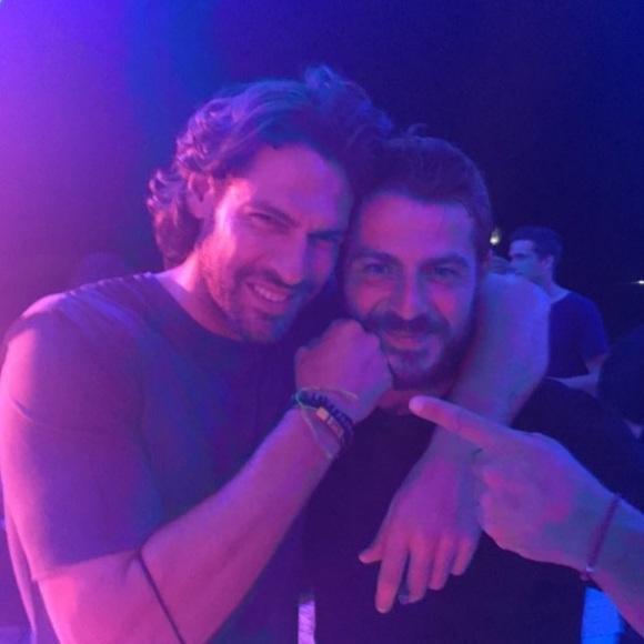 Ο Γιώργος με τον Γιάννη στο πάρτι του Survivor στο Grand Beach Λαγονήσι - 6 Ιουλίου 2017 Φωτογραφία: gspaliaras Instagram