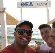 Ο Γιώργος με φανς στην Κουρούτα - 27 Αυγούστου 2017 Φωτογραφία: johnplotas Instagram
