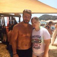 Ο Γιώργος με φαν στη Σκιάθο στις 17 Αυγούστου 2017 Φωτογραφία: christina_vandaimonio Instagram