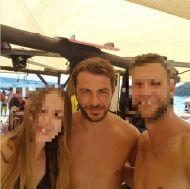 Ο Γιώργος με φανς στη Σκιάθο - 13 Αυγούστου 2017 Φωτογραφία: kostas_drakopoulos Instagram