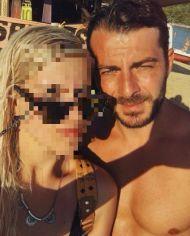 Ο Γιώργος στη Σκιάθο με φαν ανήμερα του 15Αυγούστου Φωτογραφία: olga_ntokou Instagram
