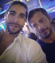 Ο Γιώργος με φαν στο Akanthus, όπου διασκέδασε στον Ηλία Βρεττό - 31 Αυγούστου 2017 Φωτογραφία: andreascon95 Instagram