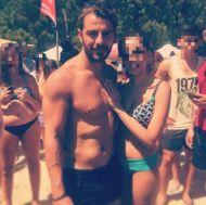 Ο Γιώργος με φαν στη Σκιάθο - 13 Αυγούστου 2017 Φωτογραφία: andria_keramida Instagram