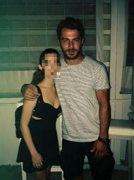 Ο Γιώργος στην Σκιάθο μαζί με φαν - 11 Αυγούστου 2017 Φωτογραφία: violetta_kavouri Instagram