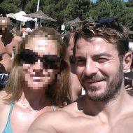 Ο Γιώργος με φαν στη Σκιάθο στις 14 Αυγούστου 2017 Φωτογραφία: Αλεξία Κούτμου Facebook