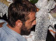 Ο Γιώργος στον Εσπερινό της Κοιμήσεως της Θεοτόκου στην Ιερά Μονή Ευαγγελισμού της Θεοτόκου στη Σκιάθο - 14 Αυγούστου 2017 Φωτογραφία: Skiathostv Facebook