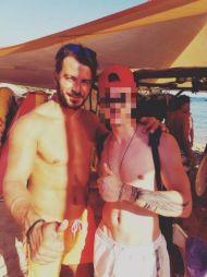 Ο Γιώργος με φαν στη Σκιάθο στις 19 Αυγούστου 2017 Φωτογραφία: kwstas_avramis Instagram