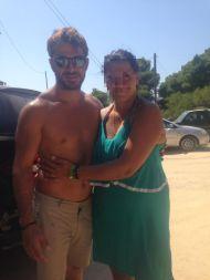 Ο Γιώργος με φαν στη Σκιάθο στις 18 Αυγούστου 2017 Φωτογραφία: Dimitra Maeetopoulou Facebook