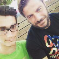 Ο Γιώργος με φαν στην Σκιάθο - 16 Ιουλίου 2017 Φωτογραφία: kounoupidi2 Instagram