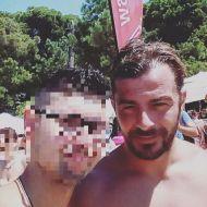 Ο Γιώργος με φαν στη Σκιάθο - 14 Αυγούστου 2017 Φωτογραφία: tsoxas Instagram