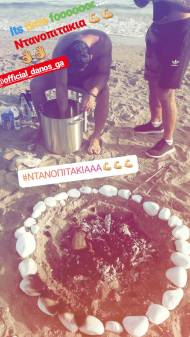Ο Γιώργος φτιάχνοντας Ντανοπιτάκια στη Βάρκιζα, όπου βρέθηκε μαζί με άλλους παίκτες του Survivor για να πραγματοποιήσουν την ευχή της μικρής Αγγελίνας - Make a Wish - 19 Σεπτεμβρίου 2017 Φωτογραφία: alexandros_nourtse Instagram