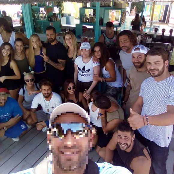 Ο Γιώργος μαζί με σχεδόν όλους τους παίκτες του Survivor στη Βάρκιζα για να εκπληρώσουν μια ευχή - Make a Wish - 19 Σεπτεμβρίου 2017 Φωτογραφία: Athens Track 'n Field Academy Facebook