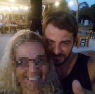 Ο Γιώργος μαζί με φαν στη Βάρκιζα όπου βρέθηκε μαζί με άλλους παίκτες του Survivor για το Make a Wish - 19 Σεπτεμβρίου 2017 Φωτογραφία: vivian.renta Instagram