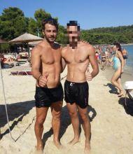 Ο Γιώργος με φαν στη Σκιάθο - 13 Αυγούστου 2017 Φωτογραφία: lazaros_isxy Instagram