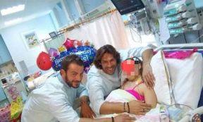 """Ο Γιώργος και ο Γιάννης κατά την επίσκεψή τους στα Νοσοκομεία """"Αγία Σοφία"""" και """"Παναγιώτη & Αγλαΐας Κυριακού"""" - 20 Σεπτεμβρίου 2017 Φωτογραφία: giannis spaliaras FB via natasaki_ts Instagram"""