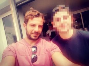 Ο Γιώργος με φαν στη Σκιάθο στις 21 Αυγούστου 2017 Φωτογραφία: giannis_dandanis Instagram