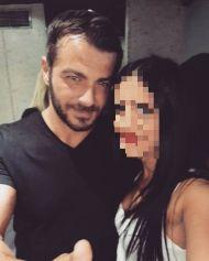 Ο Γιώργος μαζί με τον φαν στο Club 22 - 21 Σεπτεμβρίου 2017 Φωτογραφία: eleni_gerogianni Instagram