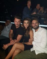 Ο Γιώργος μαζί με την Ειρήνη και τον Μάριο στο Club 22 - 21 Σεπτεμβρίου 2017 Φωτογραφία: mariospriamos Instagram