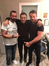 Ο Γιώργος μαζί με τον Μπο και τον Αντύπα στο καμαρίνι - Club 22 - 21 Σεπτεμβρίου 2017 Φωτογραφία: Bo_fugitive Instagram