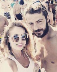 Ο Γιώργος με φαν στην Σκιάθο - 15 Ιουλίου 2017 Φωτογραφία: lina_hartiou Instagram