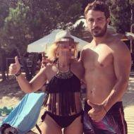 Ο Γιώργος με φαν στη Σκιάθο - 14 Αυγούστου 2017 Φωτογραφία: tasoulama Instagram