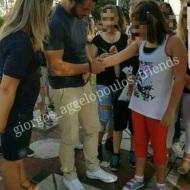 Ο Γιώργος με φανς στην Πλατεία Αριστοτέλους στις 24 Σεπτεμβρίου 2017 Φωτογραφία: giorgos_aggelopoulos_friends Instagram