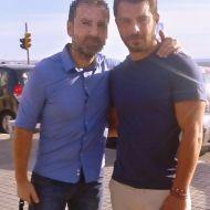 Ο Γιώργος με φαν στην Πλατεία Αριστοτέλους στη Θεσσαλονίκη - 24 Σεπτεμβρίου 2017 Φωτογραφία: GorgiGreece Twitter