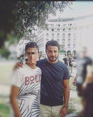 Ο Γιώργος με φαν στην Πλατεία Αριστοτέλους στη Θεσσαλονίκη - 24 Σεπτεμβρίου 2017 Φωτογραφία: kostas_kefa Instagram