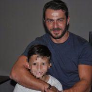 Ο Γιώργος με έναν μικρό φαν στον Εύοσμο Θεσσαλονίκης στις 24 Σεπτεμβρίου 2017 Φωτογραφία: Lena Fotiadou Facebook