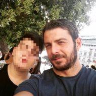 Ο Γιώργος με φαν στην Πλατεία Αριστοτέλους στη Θεσσαλονίκη - 24 Σεπτεμβρίου 2017 Φωτογραφία: panos.kouv_ Instagram