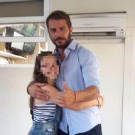 Ο Γιώργος με φαν στα στούντιο του ΣΚΑΙ - 10 Ιουλίου 2017 Φωτογραφία: g.aggelopoulos.fp Instagram