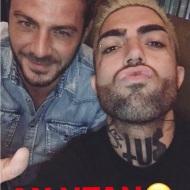 Ο Γιώργος με τον Tus στο Avanti Cafe-Bar στην Καισαριανή στις 26 Σεπτεμβρίου 2017 Φωτογραφία: tusyourduddy Instagram