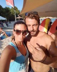 Ο Γιώργος με φαν στην Σκιάθο - 15 Ιουλίου 2017 Φωτογραφία: elpida_mavroidi Instagram