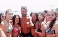 Ο Γιώργος με φανς στην Σκιάθο - 15 Ιουλίου 2017 Φωτογραφία: korina_tn Instagram