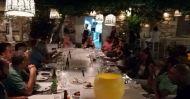 Ο Γιώργος μαζί με την Κατερίνα στο εστιατόρια Carnayo στη Σκιάθο - 14 Σεπτέμβρη 2017 Φωτογραφία: παραπολιτικά