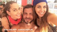 Ο Γιώργος μαζί με τις δίδυμες αδελφές Αϊνατζόγλου, Ειρήνη & Ελισάβετ, στη Βάρκιζα όπου βρέθηκαν για το Make a Wish - 19 Σεπτεμβρίου 2017 Φωτογραφία: elion_ang Instagram