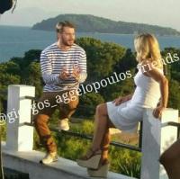 """Ο Γιώργος μαζί με την Κατερίνα στη Σκιάθο κατά τη διάρκεια της συνέντευξής του για την εκπομπή """"Στη φωλιά των Κου Κου"""" - 14 Σεπτεμβρίου 2017 Φωτογραφία: giorgos_aggelopoulos_friends Instagram"""