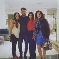 Ο Γιώργος με φανς στο ξενοδοχείο Hilton Park στη Λευκωσία - 15 Οκτωβρίου 2017 Φωτογραφία: 1mara_costa Instagram