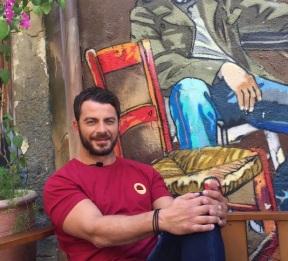 """Ο Γιώργος κατά τη διάρκεια της συνέντευξης στην εκπομπή """"Όλα για σένα"""" στη Λήδρας - 17 Οκτωβρίου 2017 Φωτογραφία: below_clothing Instagram"""