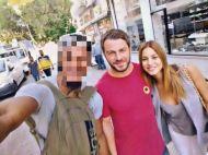 Ο Γιώργος και η Κωνσταντίνα Ευριπίδου με φαν στη Λήδρας Λευκωσίας - 17 Οκτωβρίου 2017 Φωτογραφία: kenny_mckenzyofficial Instagram