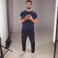 Ο Γιώργος κατά τη διάρκεια των γυρισμάτων της εκστρατείας Love Chain του οίκου Christian Dior στο Athens Art Studio - 18 Οκτωβρίου 2017 Φωτογραφία: official_danos_ga Instagram