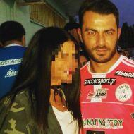 Ο Γιώργος με φαν στον ποδοσφαιρικό φιλανθρωπικό αγώνα στον Άλιμο στο γήπεδο Τραχώνων - 23 Οκτωβρίου 2017 Φωτογραφία: sofiatsalapati Instagram