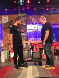 """Ο Γιώργος και ο Λούης κατά τη διάρκεια του γυρίσματος της εκπομπής """"The Λούης Night Show"""" - 24 Οκτωβρίου 2017 Φωτογραφία: alphanewslive"""